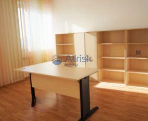 Voľné kancelárske priestory v centre Galanty na PRENÁJOM