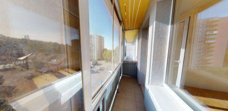 REZERVOVANÝ - priestranný 3i byt s balkónom vo výbornej lokalite v Trenčíne