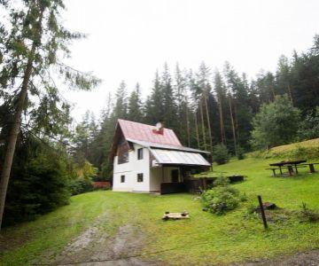 Chata na predaj neďaleko obce Štrba