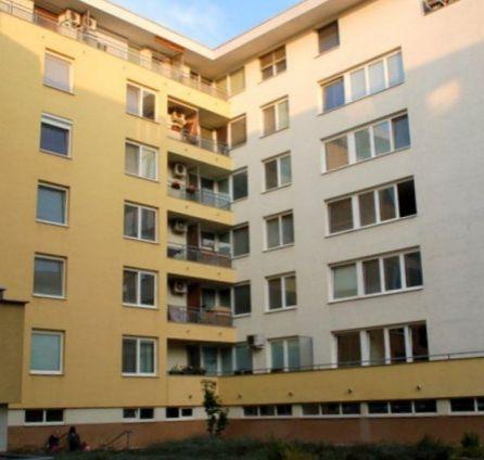StarBrokers – PREDAJ: 2-izb. byt 63 m2 + loggia + balkón + pivnica na 1/6 p. Galvaniho ul., Bratislava - Ružinov