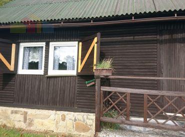Ponúkame Vám na predaj celoročne obývateľnú chalupu  v obci Lazy pod Makytou