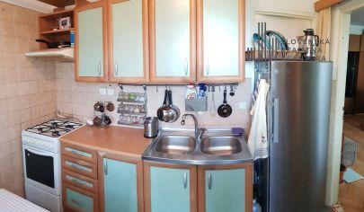 REZERVOVANÉ: Priestranný 3-izbový byt v pôvodnom stave v krásnom prostredí Ružinova, pri Parku Ostredky