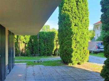 Predaj rodinnej chaty na celoročné bývanie v Bodíkoch, aj s vybavením,  len na skok priamy vstup do ramena Dunaja