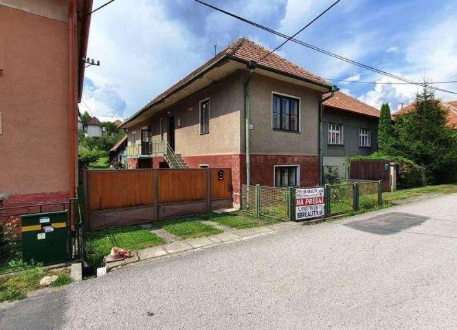 Rodinný dom - Likavka - Fotografia 1