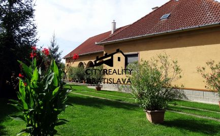 Čaro vidieka. Bývanie v krásnom prostredí v Dobrohošti, na predaj.