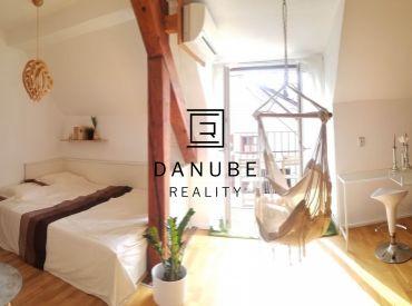 Prenájom 1-izbový byt s balkónom v historickej časti Starého mesta, Panská ul.