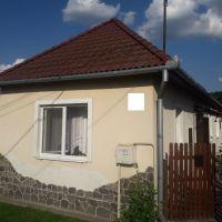 Rodinný dom, Radzovce, 84 m², Čiastočná rekonštrukcia