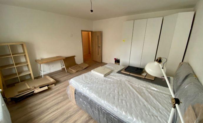 Pekný novozrekonštruovaný 2,5 izbový byt pre 4 osoby Šancová ulica