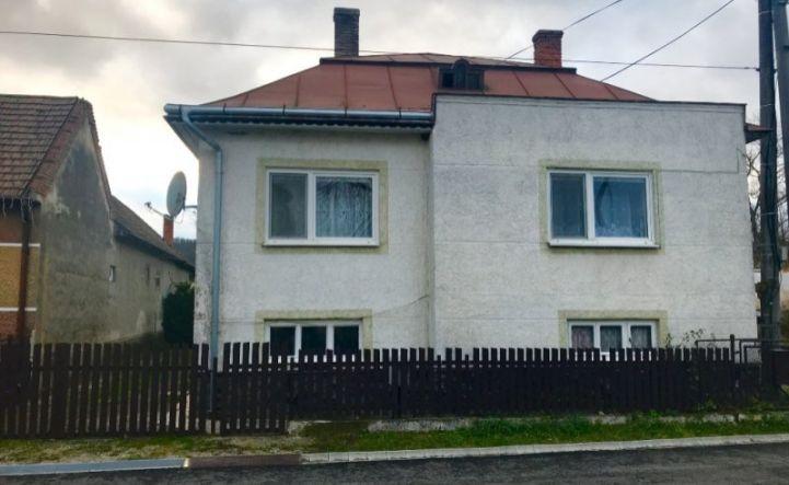Na predaj dom s pekným pozemkom v Benkovciach