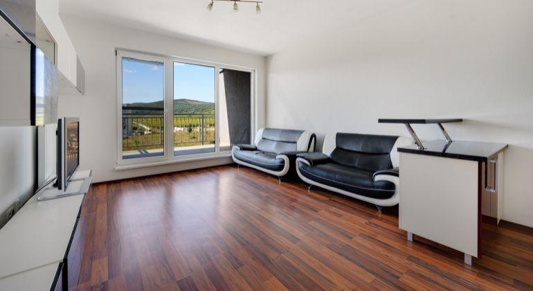 Novostavba LaVita - 2 izbový byt s garážovým státim a pekným výhľadom