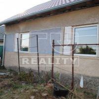 Iný objekt na bývanie, Plášťovce, 941 m², Čiastočná rekonštrukcia