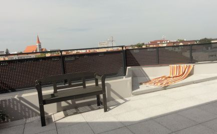 Na prenájom: 2 izbový byt v novostavbe s veľkou terasou a garážovým státím Malacky, Jilemnického ul.!!!