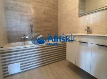 JARNÁ MEGA ZĽAVA 3 000 eur   3 izbový byt s vlastným pozemkom a parkovaním pre 2 autá  NOVOSTAVBA