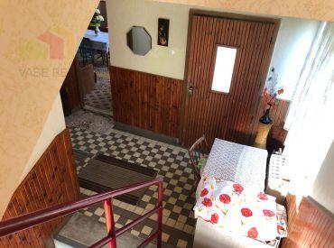 EXKLUZÍNA PONUKA - Rodinný dom 3+1, Zemianske Podhradie, pozemok 861 m2