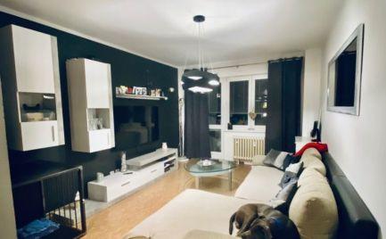 Veľký  2,5  izbový byt , 57 m2 s lodžiou,  B. Bystrica, Fončorda - po  rekonštrukcii!! - cena 110 000 €