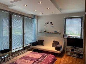 PROMINENT REAL prenajme priestranný 1 izbový byt v novostavbe v Bratislave.