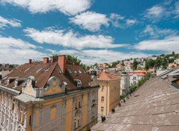 PROMINENT REAL predáva nový nadštandardný 1 izb. v centre Bratislavy na Gunduličovej ulici.