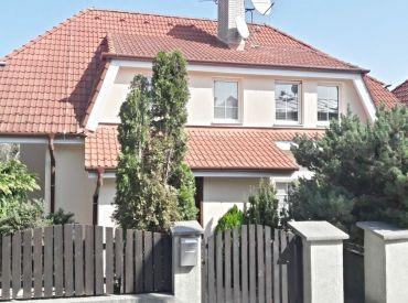 Na prenájom 7-izbová rodinná vila, 420 m², Hlavná ul. Koliba, voľná ihneď