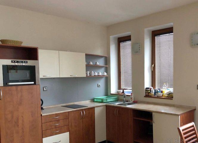 3 izbový byt - Košice-Juh - Fotografia 1
