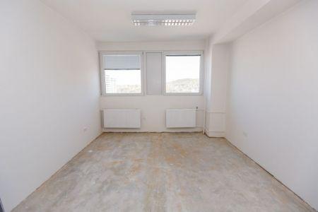 IMPEREAL - prenájom - kancelársky priestor 15 m2, 4. posch. Polianky, Bratislava IV.