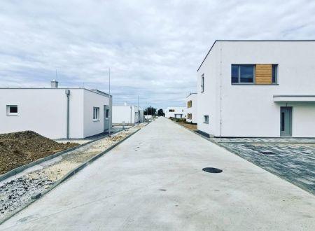 Nové 3 a 4 izb. rodinné domy /NOVOSTAVBA/ Sokolovce