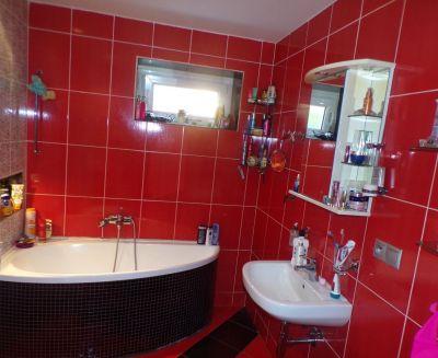 Na predaj zrekonštruovaný 2 izbový byt 62 m2 Handlová 70126
