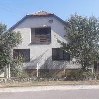 Rodinný dom, Kalinovo, 1 m², Čiastočná rekonštrukcia