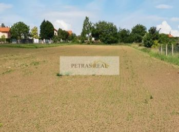 Exkluzívne predaj 41 ár pozemku vhodného ako investícia Nitra - Šúdol
