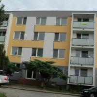 4 izbový byt, Zlaté Moravce, 92 m², Pôvodný stav