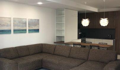 3 - izbový byt s terasou centrum