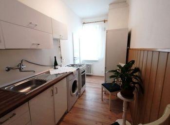 BA II. Ružinov - 2 izbový byt na Súmračnej ulici