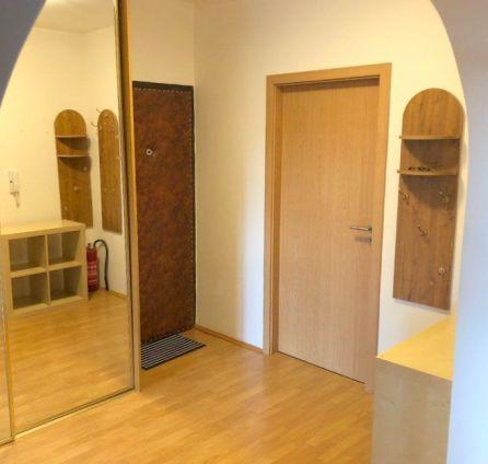 StarBrokers – PREDAJ 3-izb. byt 68 m2 na 4/8p., loggia  -  Znievská  ul., Bratislava - Petržalka