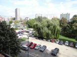 Bratislava - NA PREDAJ – 3  izbový byt s loggiou v blízkosti zástavky električky, Jungmannova ul.