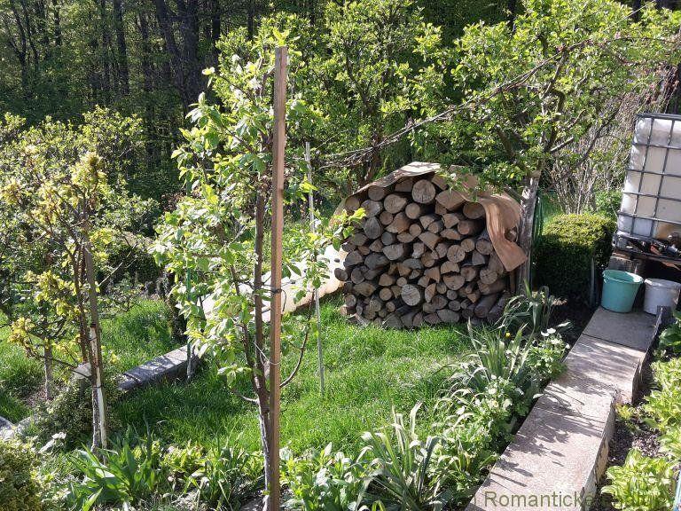 Zrekonštruovaná chata pri lese s nádherným výhľadom v Ilave na predaj