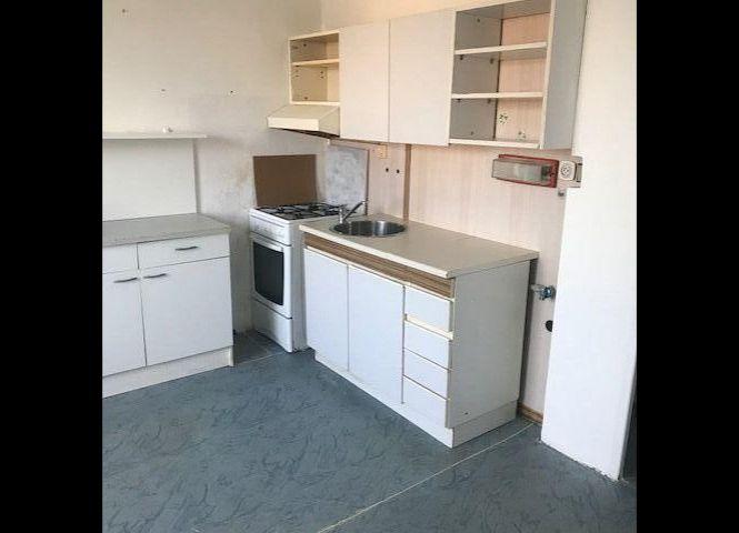 1 izbový byt - Lučenec - Fotografia 1
