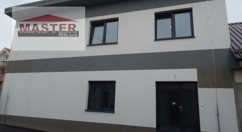 Na Predaj  novostavba  4- izbového  rodinného domu v obci Nedožery -Brezany, okres Prievidza