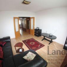 Príjemný  4 izbový byt na začiatku Petržalky na ul. Haanova, v blízkosti Ekonomickej univerzity!