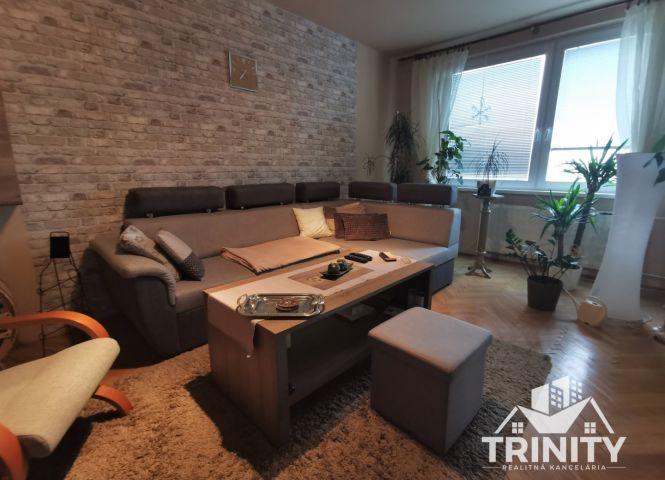 4 izbový byt - Štúrovo - Fotografia 1