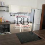 Ponúkame na prenájom priestranný 2 izbový byt na ulici Tomašíková, Ružinov, Bratislava