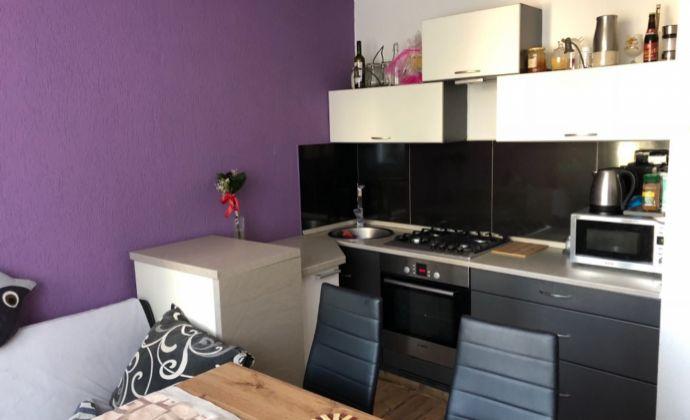 Na prenajom  krásny kompletne prerobený 1 izbový byt na Severe