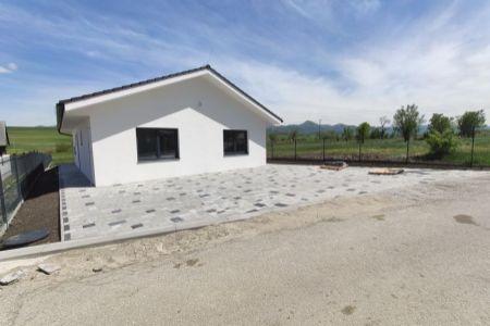 Novostavby rodinných domov v obci Socovce okres Martin, pozemok 550 m2.