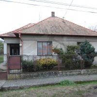 Rodinný dom, Keť, 339 m², Pôvodný stav