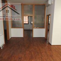 Kancelárie, Holíč, 136 m², Čiastočná rekonštrukcia