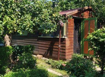 Exkluzívne na predaj vám ponúkame slnečnú záhradnú chatku