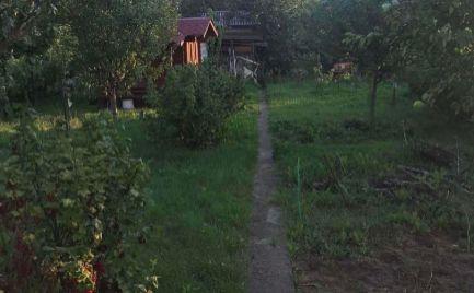 Nová Dubnica - záhradka na predaj - drevená chatka