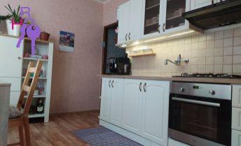 Na predaj nádherný 2 izbový byt na Koniarekovej ulici v Trnave.