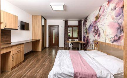 Prízemný luxusný apartmán vhodné aj pre ZŤP, Bývanie aj investície