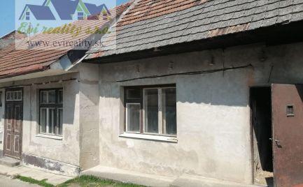 Predaj dvojizbový dom/ chalupa so slnečným pozemkom v Brezovej pod Bradlom
