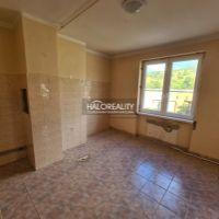 3 izbový byt, Jelšava, 77 m², Čiastočná rekonštrukcia