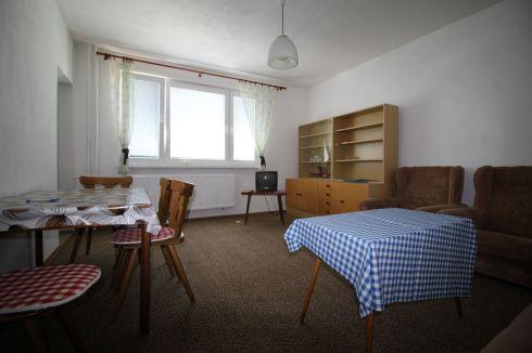 Prenájom - 2 izbový byt Záturčie